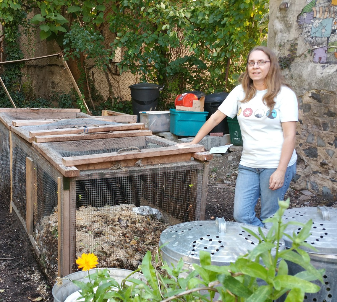 Master Composter Richelle Trivedi at 462 Halsey St Garden, Bklyn